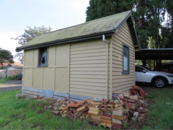 historic heritage gardener shed